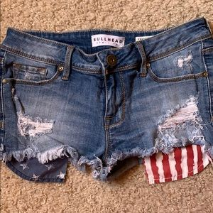 Jean Shorts with American flag pockets